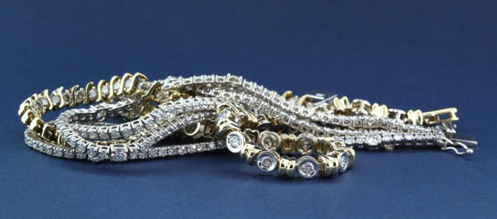 121639 150420 152185 8 Gold Rush Jewelers